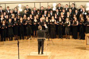 fhm-choir-bjs2005-01